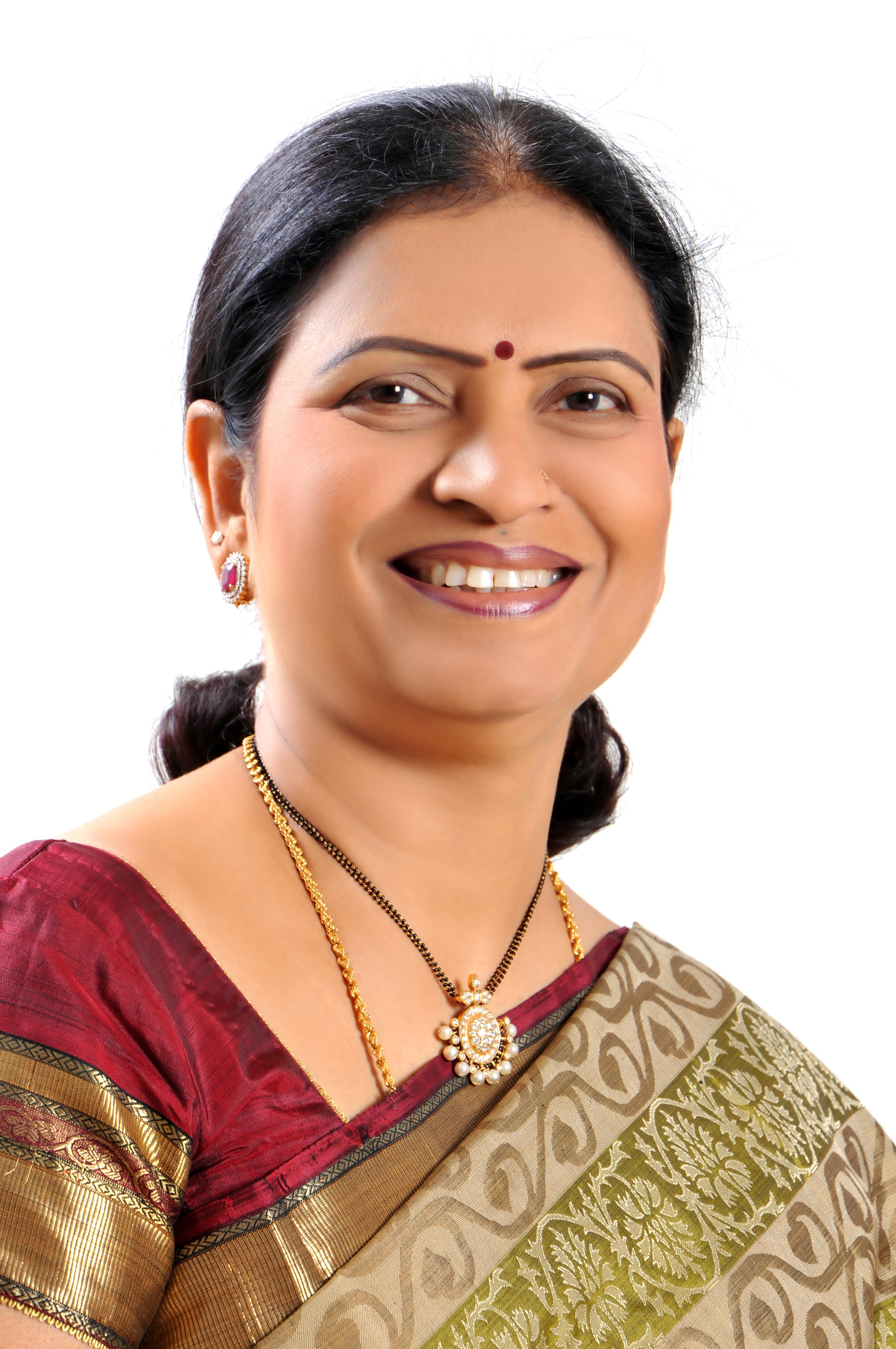 Mrs D.K. Aruna,  Hon'ble Minister of I & PR